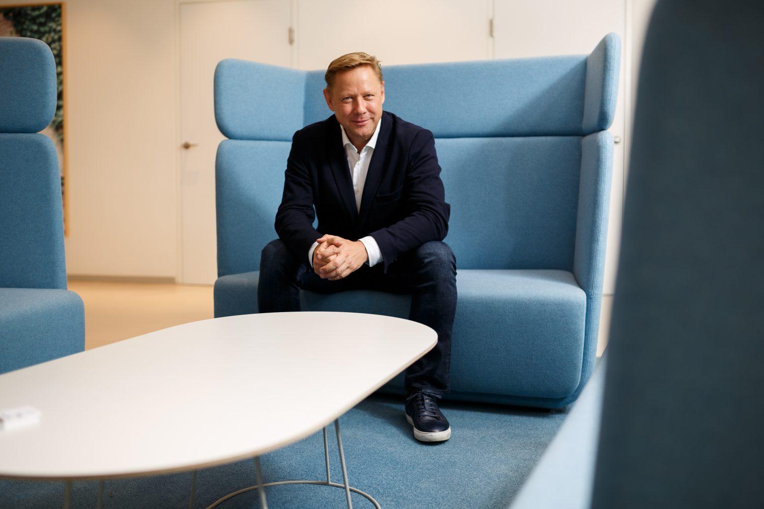 Portrait eines Österreichischen Investors on Location im Büro